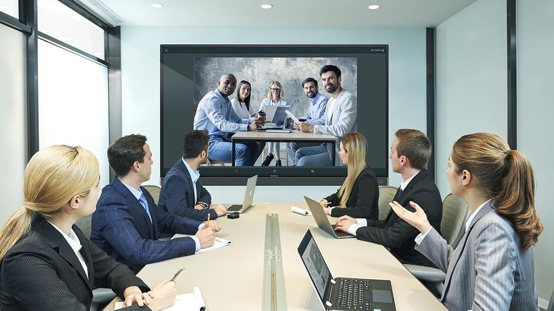مانیتور تاچ برای جلسات مجازی